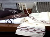 58. spiral design bordure towel